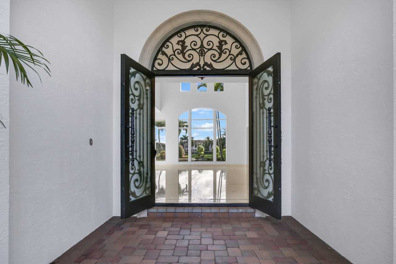 17690 Lomond Court Boca Raton, FL 33496 - MLS# RX-10470753 | BocaRatonRealEstate.com Photo 1