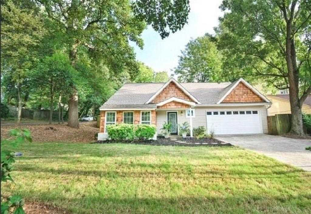 548 Deering Rd is a homes for sale located in the Loring Heights community of Atlanta Photo 1