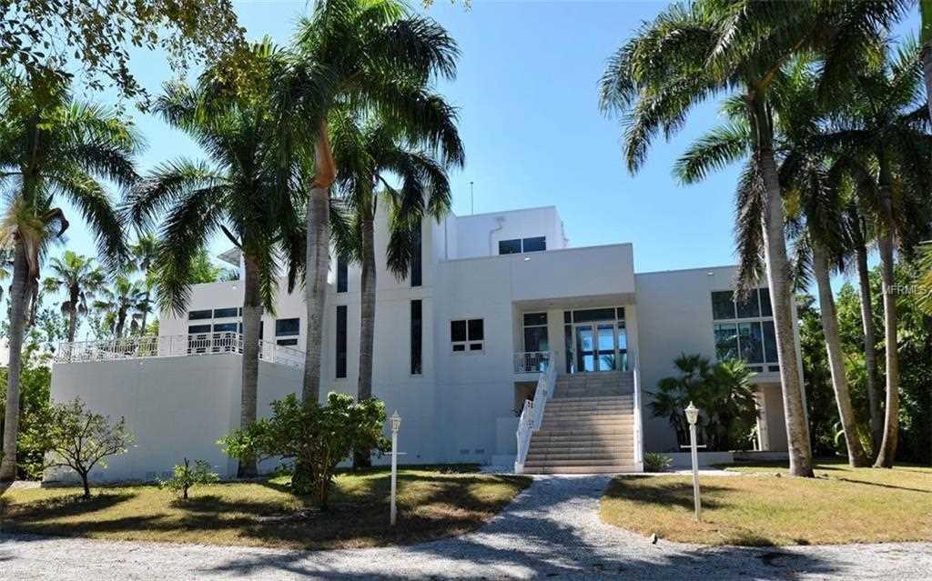 7940 Sanderling Road Sarasota, FL 34242 | MLS A4416141 Photo 1