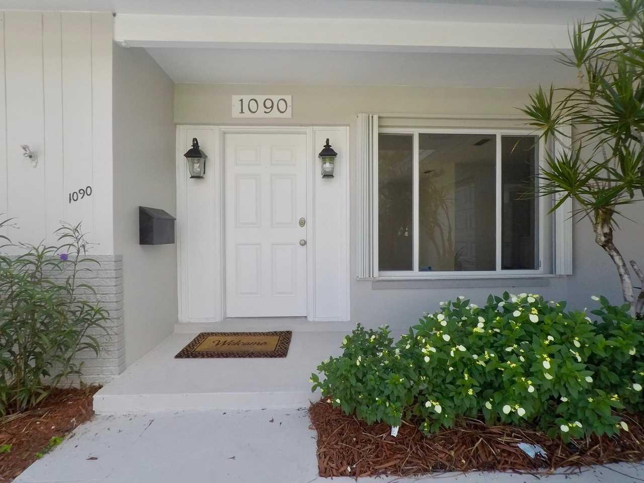 1090 SW 13Th Street Boca Raton, FL 33486 - MLS# RX-10460008   BocaRatonRealEstate.com Photo 1