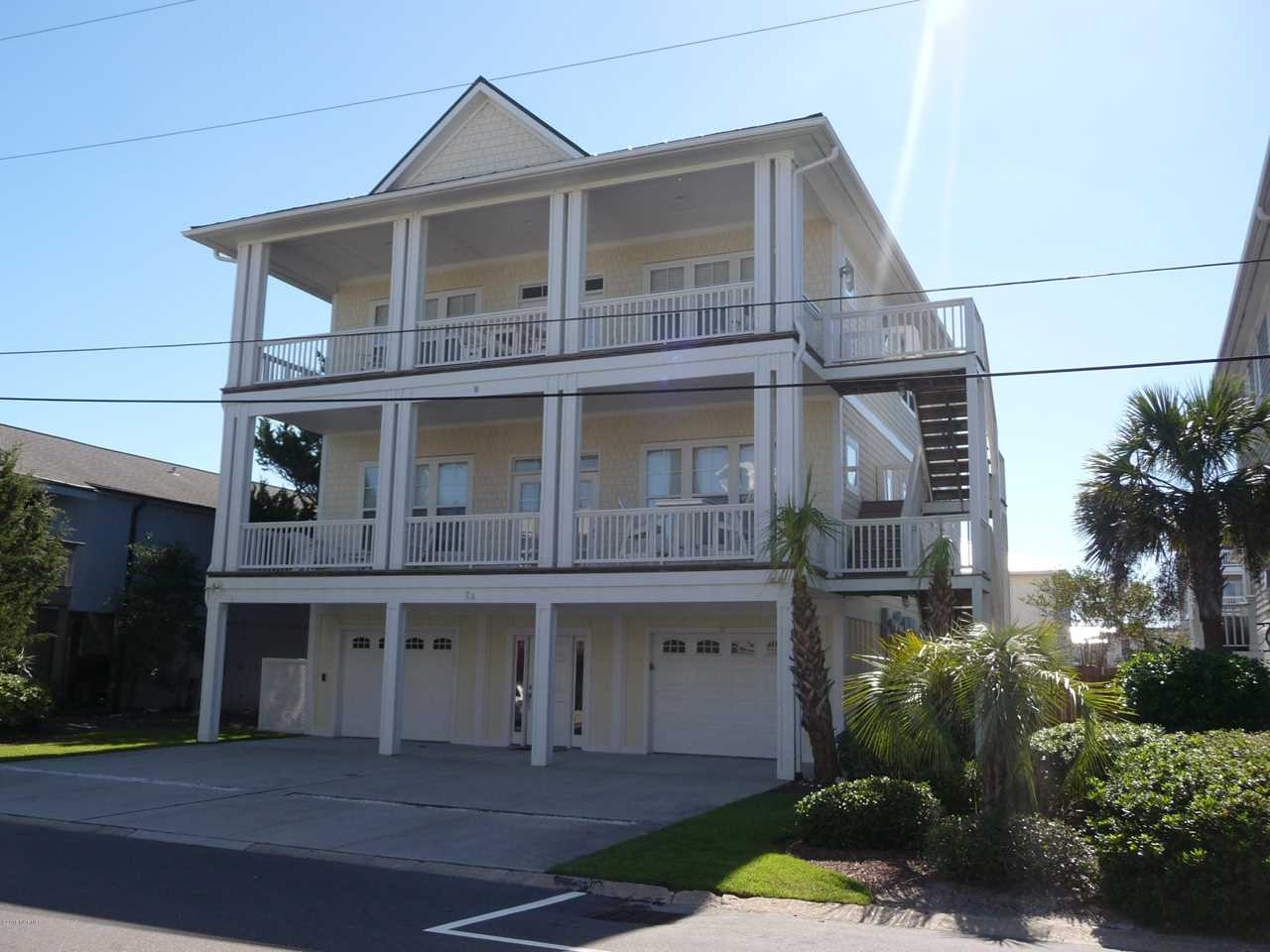 Home For Sale At 8 Shearwater Street, Wrightsville Beach NC in Not In Subdivision Photo 1