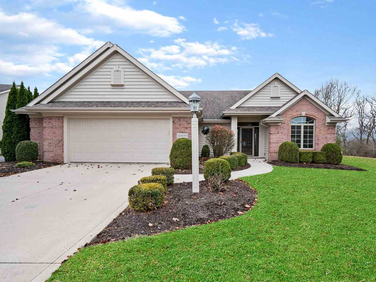 10839 Summerhill Place Fort Wayne, IN 46814 | MLS 201851578 Photo 1
