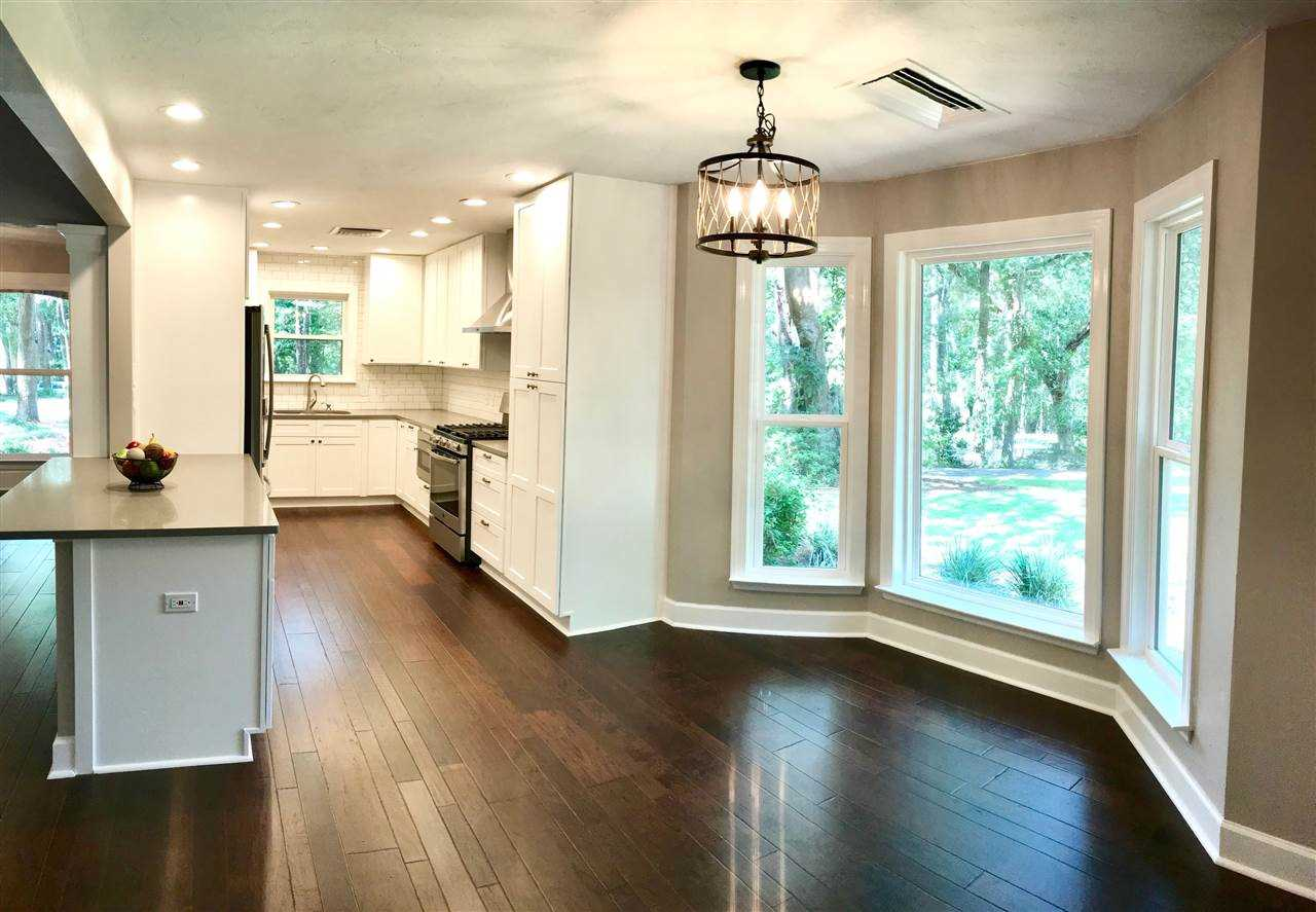 378 Castleton Circle Tallahassee, FL 32312 in Linene Woods Photo 1