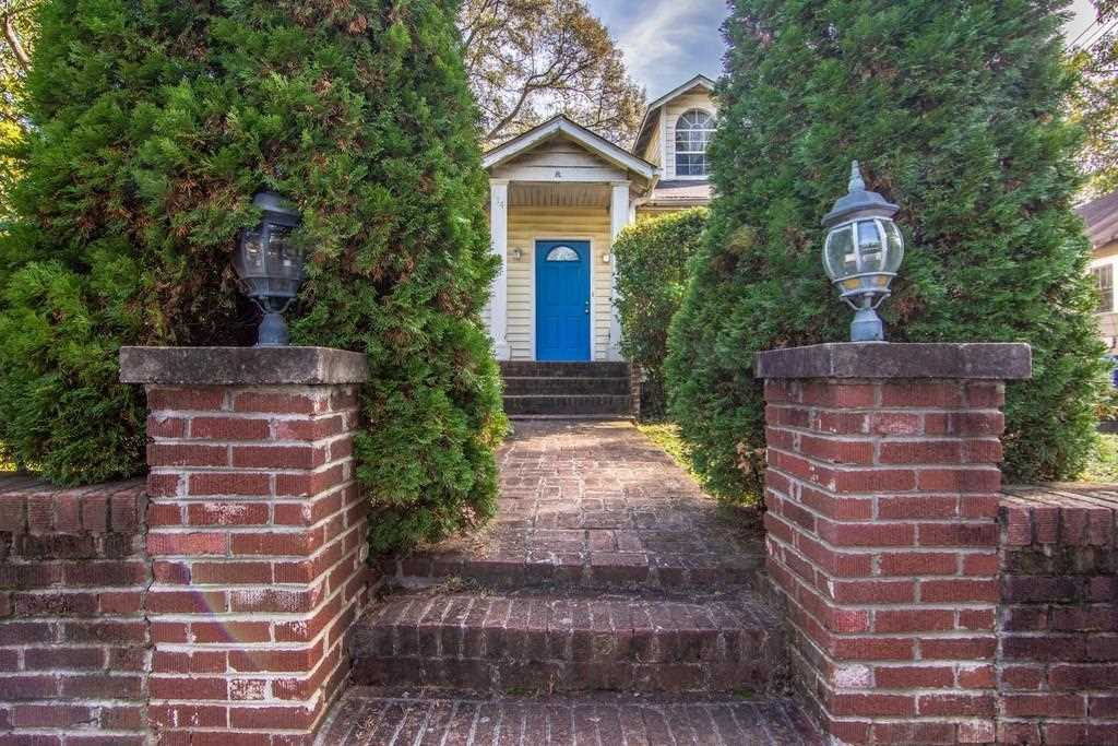 114 Dahlgren St SE is a homes for sale located in the Edgewood community of Atlanta Photo 1