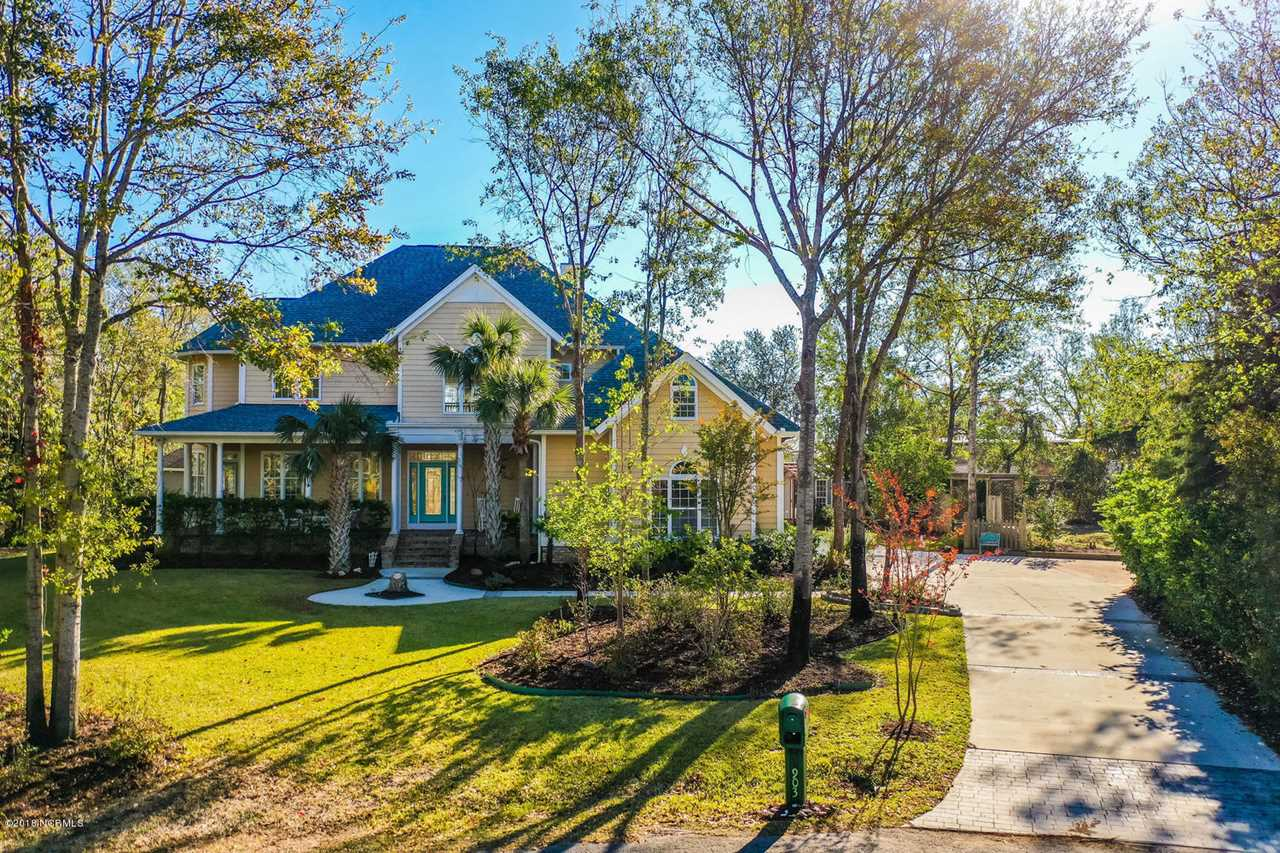 Home For Sale At 903 Skimmer Cove, Hampstead NC in Olde Point Photo 1