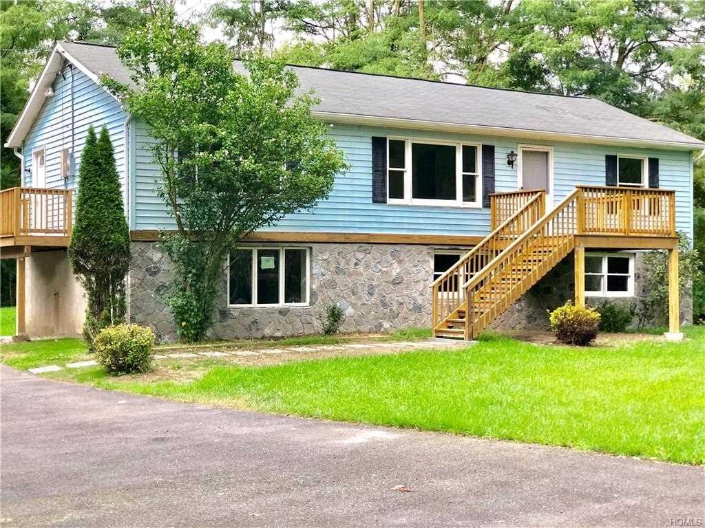 Home For Sale 18 Random Rd Warwick Town Mls 4837025