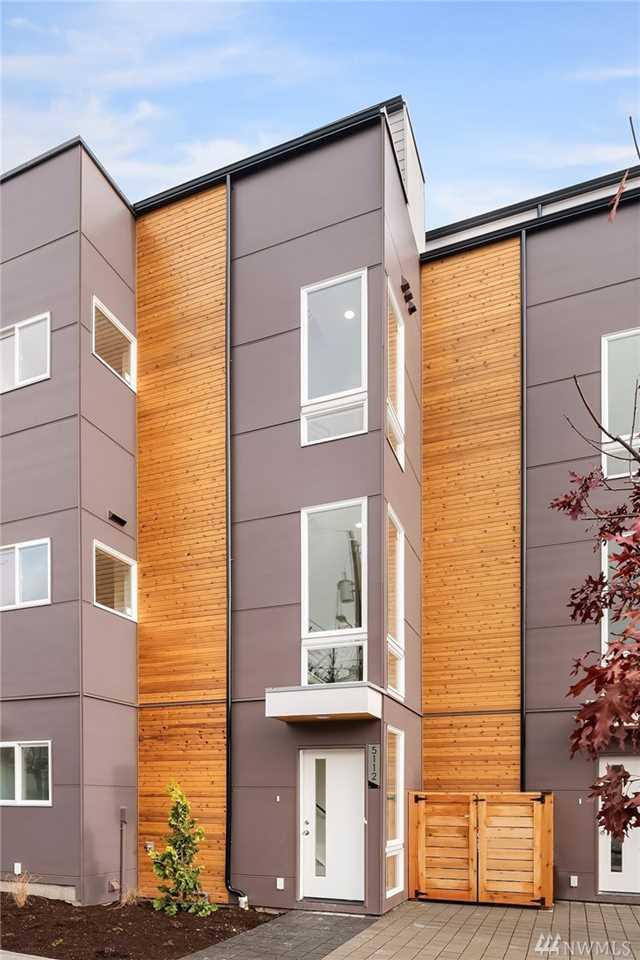 5112 24th Ave NE Seattle, WA 98105 | MLS ® 1390199 Photo 1
