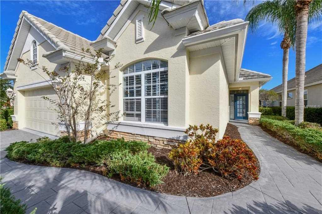 6559 Oakland Hills Drive Lakewood Ranch, FL 34202 | MLS A4420722 Photo 1
