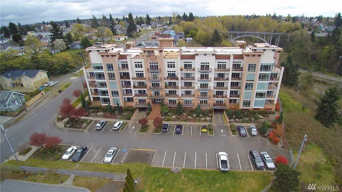 320 E 32nd St #108 Tacoma, WA 98404 | MLS ® 1391598 Photo 1