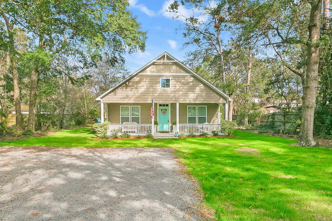 Home For Sale At 5723 Camellia Lane, Wilmington NC in Camellia Heights Photo 1