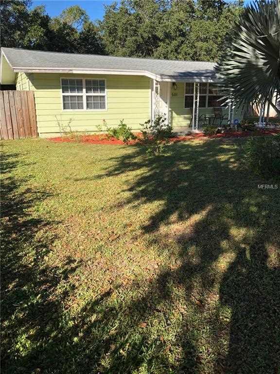 501 Seeds Avenue Sarasota, FL 34237 | MLS A4420978 Photo 1