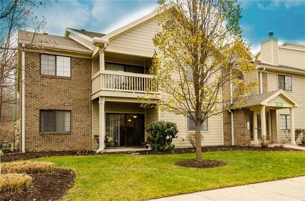 8830 Yardley Court #101, Indianapolis, IN 46268 | MLS #21610154 Photo 1