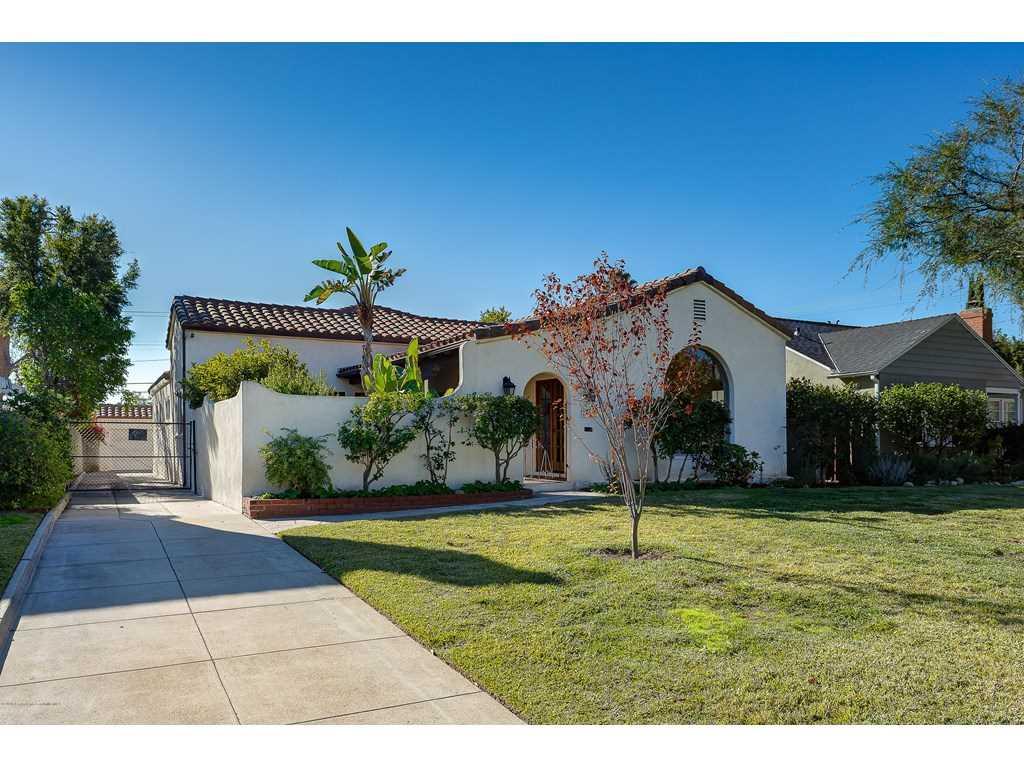 2160 Loma Vista Street, Pasadena, CA 91104 | MLS #818005788  Photo 1