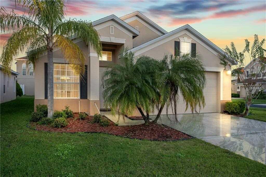 14545 Huntcliff Park Way Orlando FL by RE/MAX Downtown Photo 1