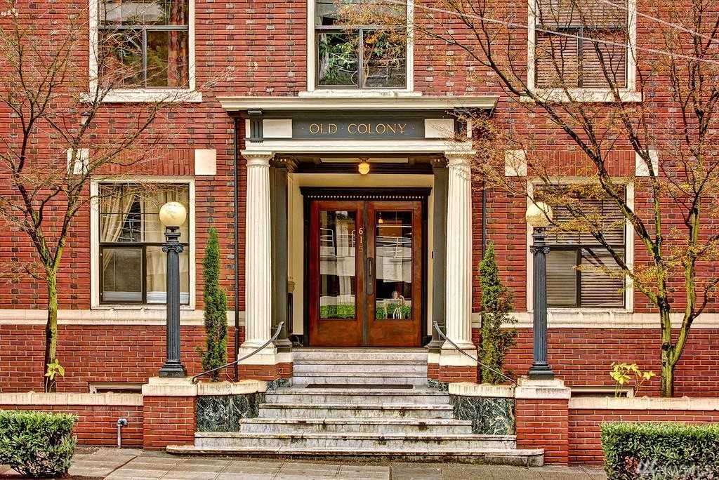 615 Boren Ave #16 Seattle, WA 98104 | MLS ® 1391664 Photo 1
