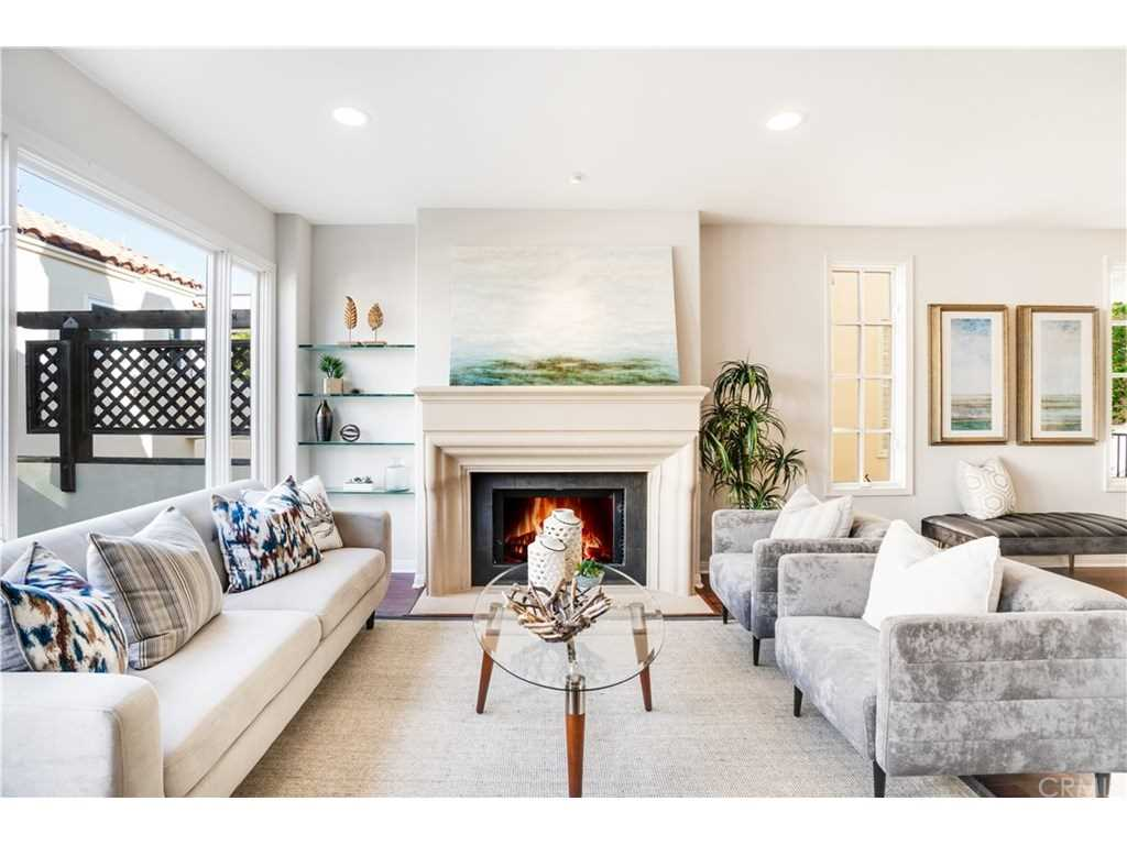 513 Poppy Avenue #A Corona Del Mar, CA 92625   MLS NP18288841 Photo 1