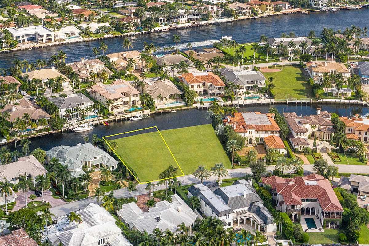 384 E Coconut Palm Road Boca Raton, FL 33432 - MLS# RX-10488285 | BocaRatonRealEstate.com Photo 1