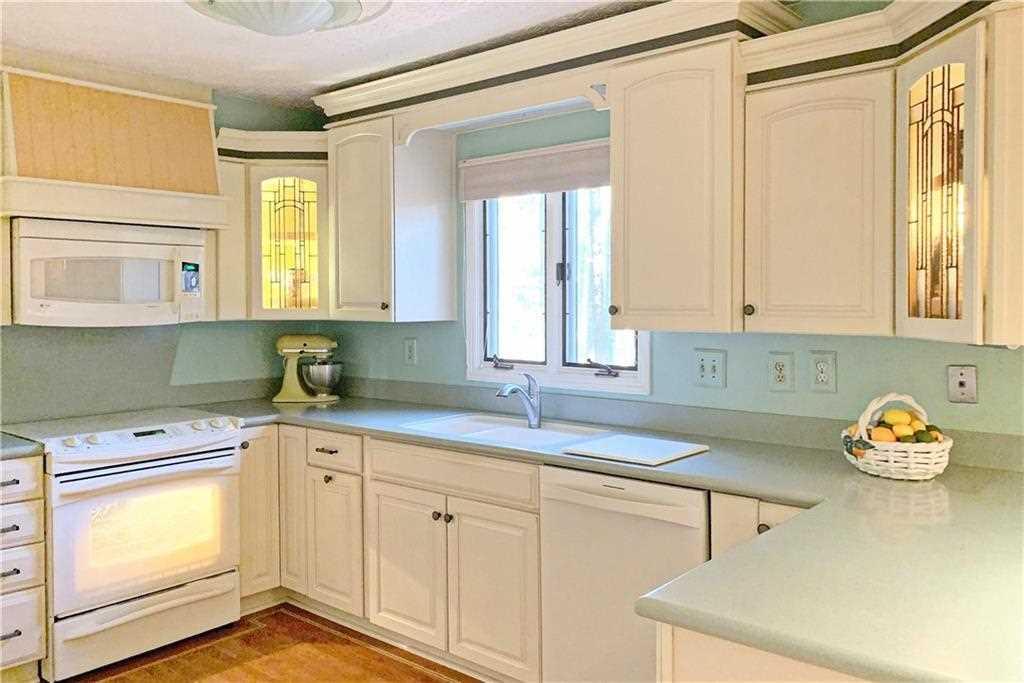 25 Sweetwood Ct, Roswell, GA 30076 - Premier Atlanta Real Estate Photo 1