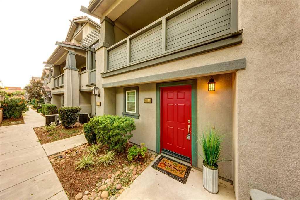 16935 Laurel Hill Ln San Diego, CA 92127 | MLS 180063568 Photo 1