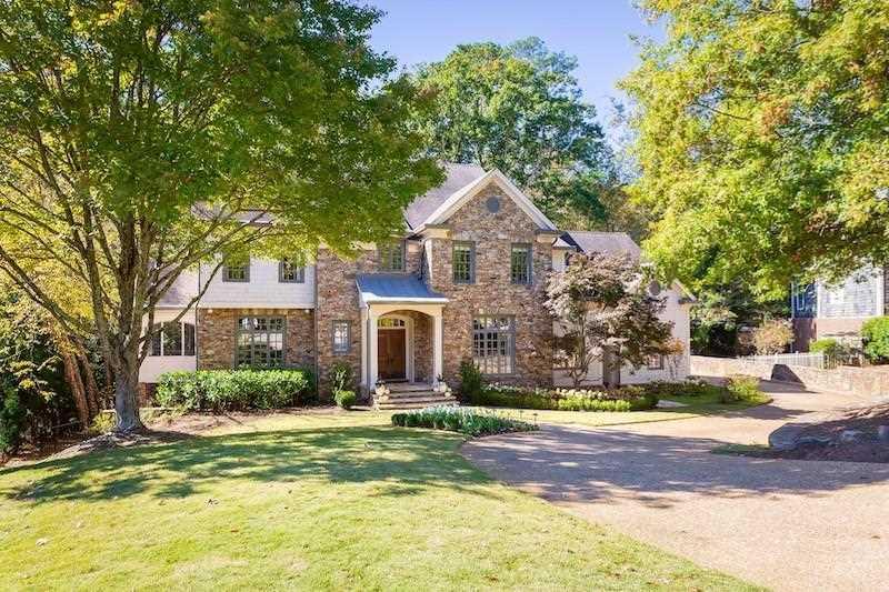 484 Conway Manor Dr NW, Atlanta GA 30327, MLS # 6104406 | Chastain Park Photo 1