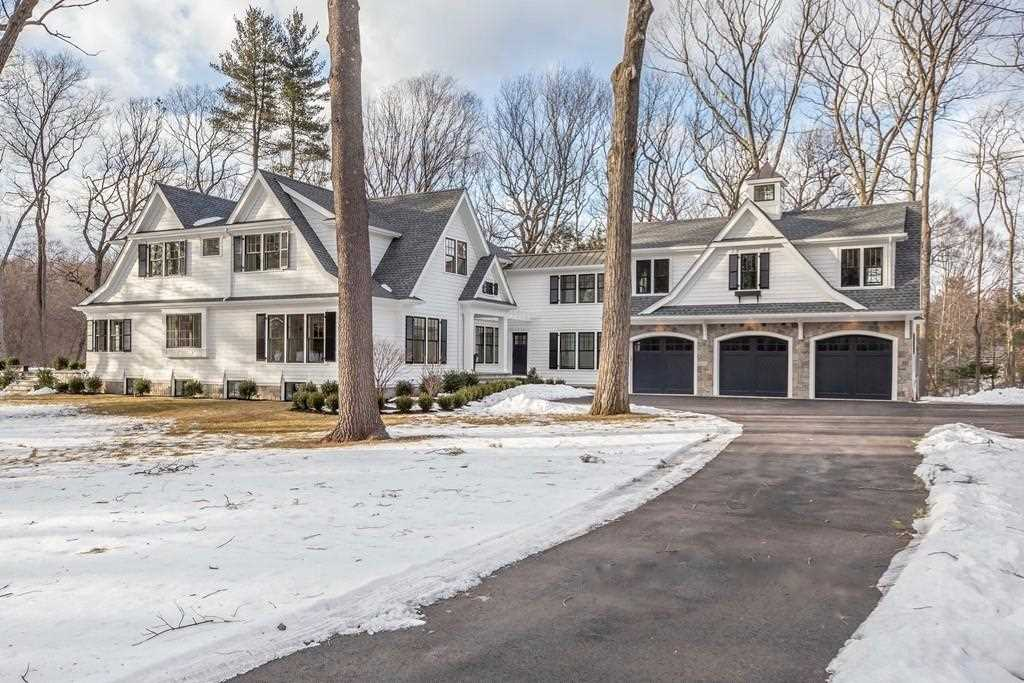 37 Old Farm Rd Wellesley, MA 02481 | MLS 72399314 Photo 1