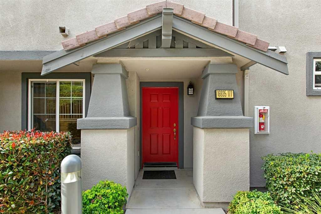 16935 Laurel Hill Ln San Diego, CA 92127 | MLS 190000285 Photo 1