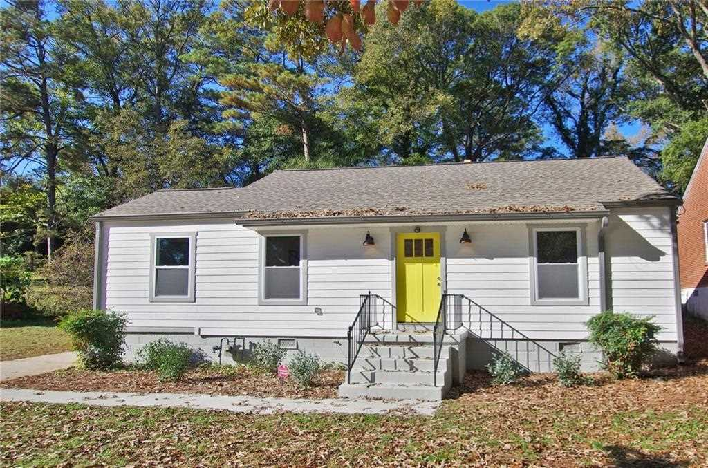 259 Lamon Ave SE is a homes for sale located in the Edgewood community of Atlanta Photo 1
