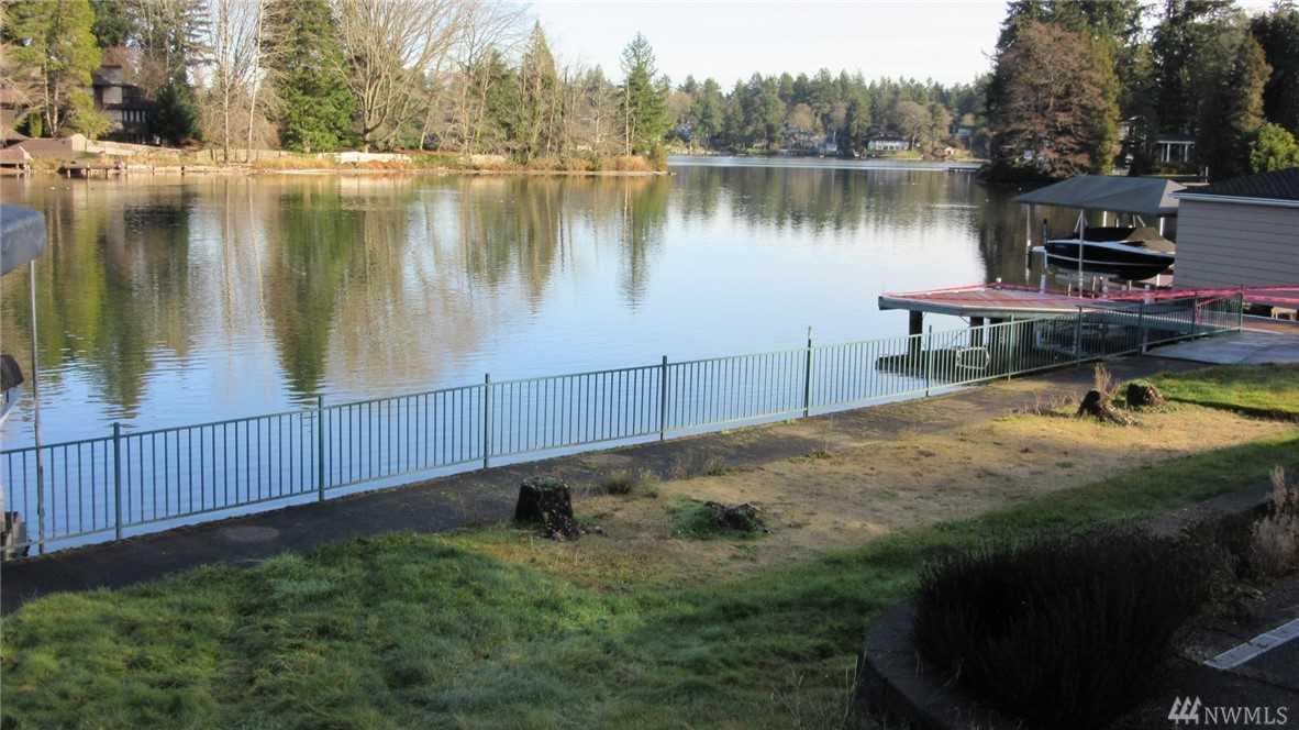10635 Lake Steilacoom Dr SW Lakewood, WA 98498   MLS ® 1395615 Photo 1