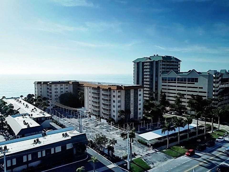 800 Benjamin Franklin Drive #210 Sarasota, FL 34236 | MLS A4422686 Photo 1