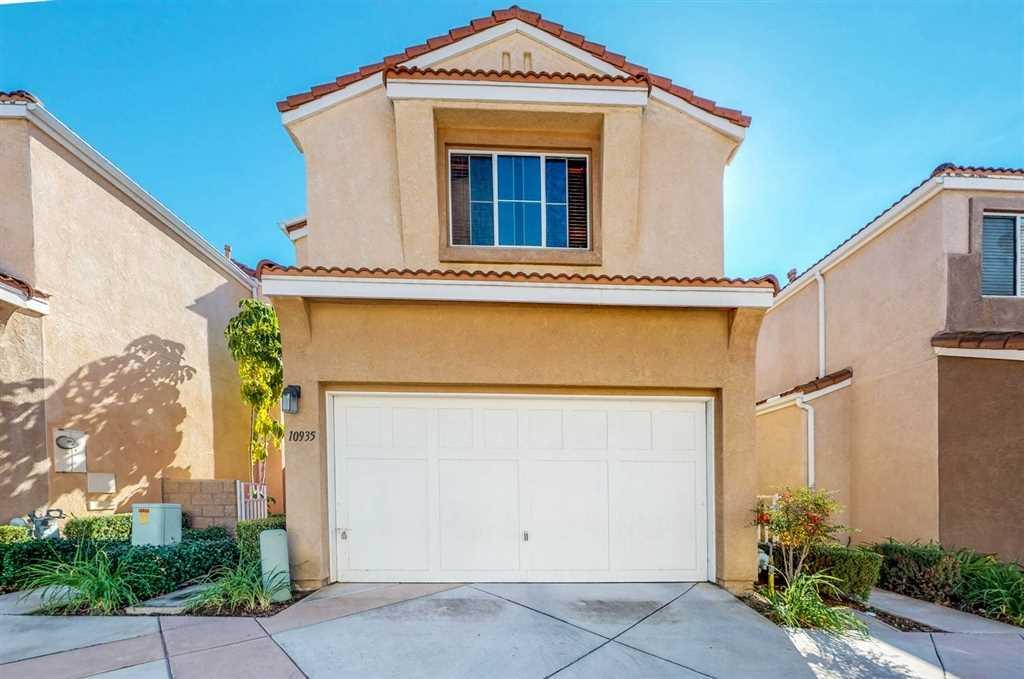 10935 Caminito Arcada San Diego, CA 92131 | MLS 180065574 Photo 1