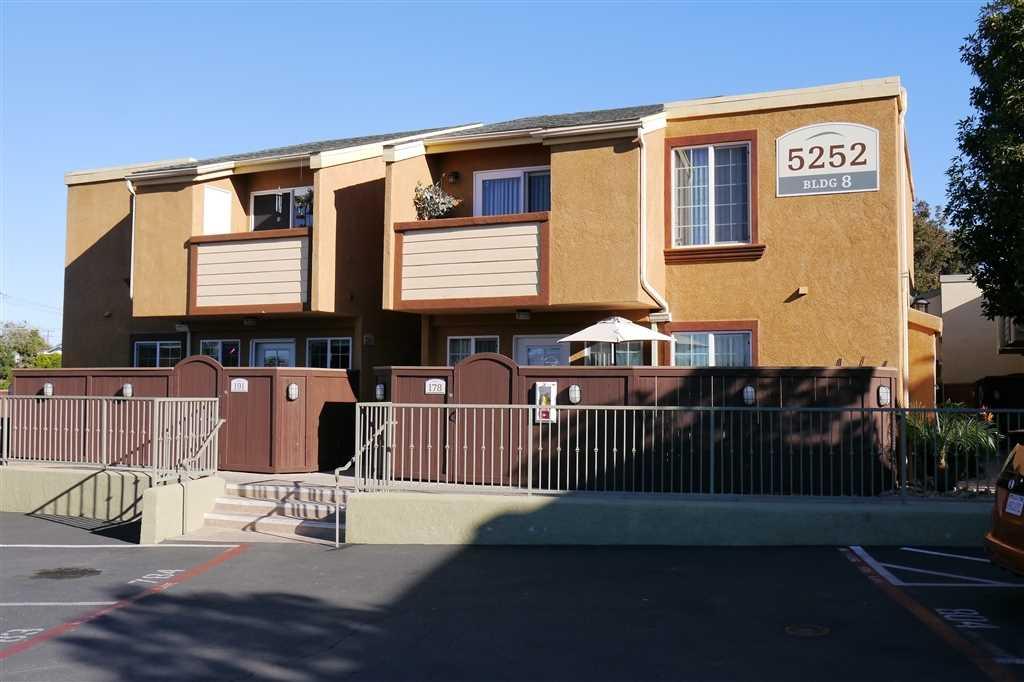 5252 Balboa Arms Dr. San Diego, CA 92117 | MLS 190001083 Photo 1