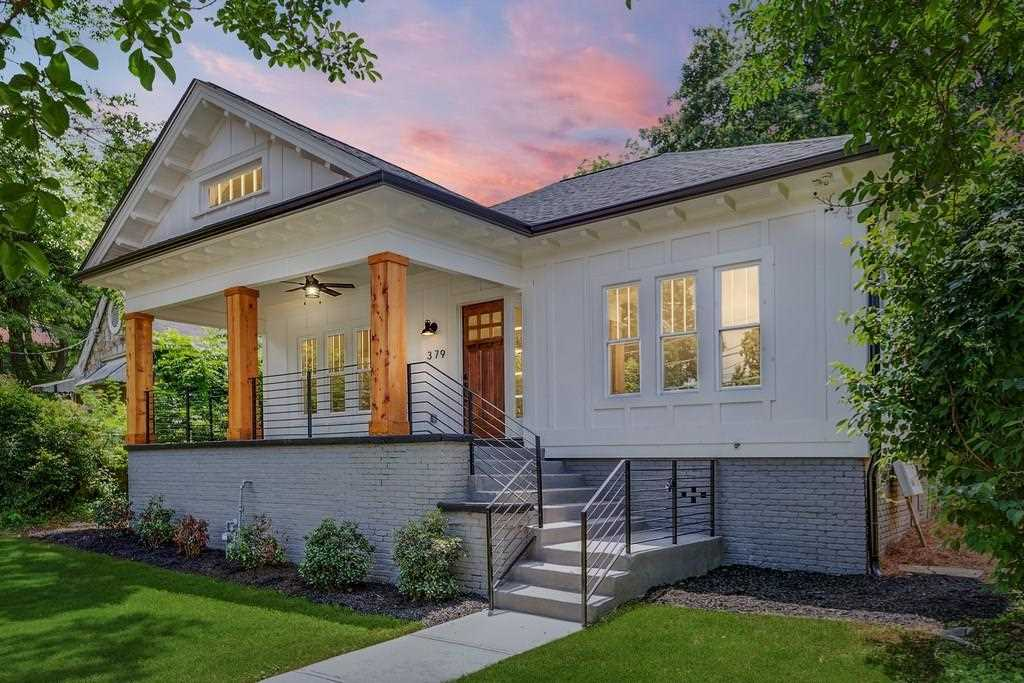 379 Pine St NE is a homes for sale located in the Old Fourth Ward community of Atlanta Photo 1