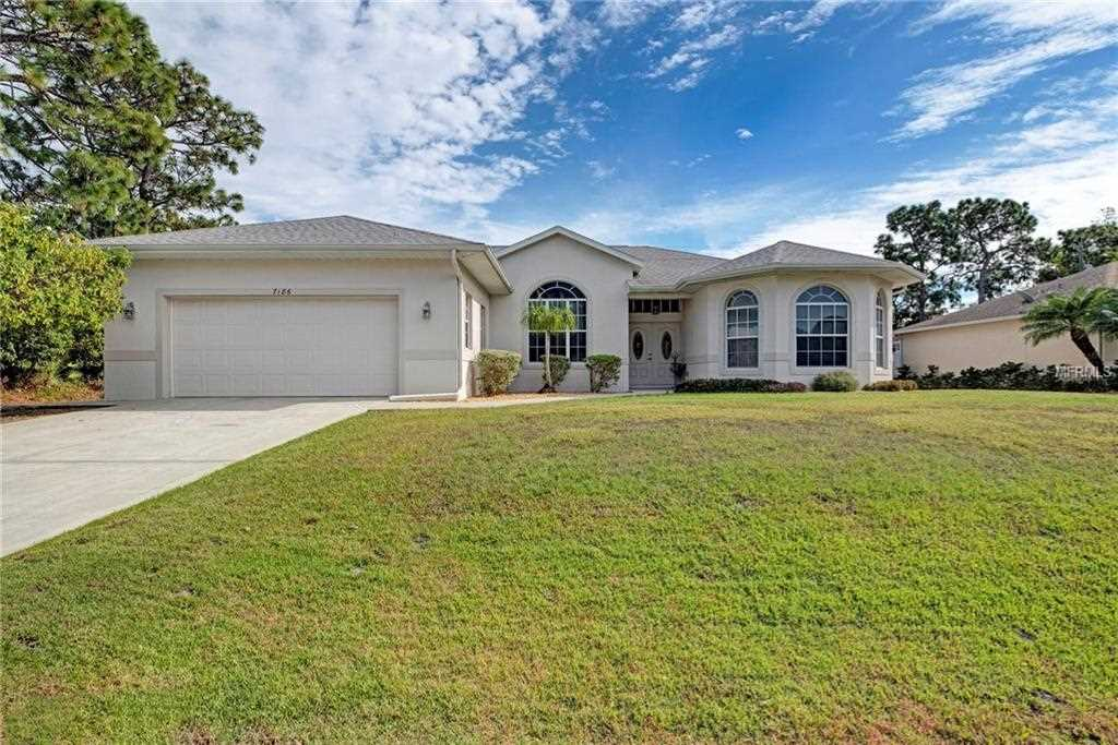 7186 Bargello Street Englewood, FL 34224 | MLS D6104109 Photo 1