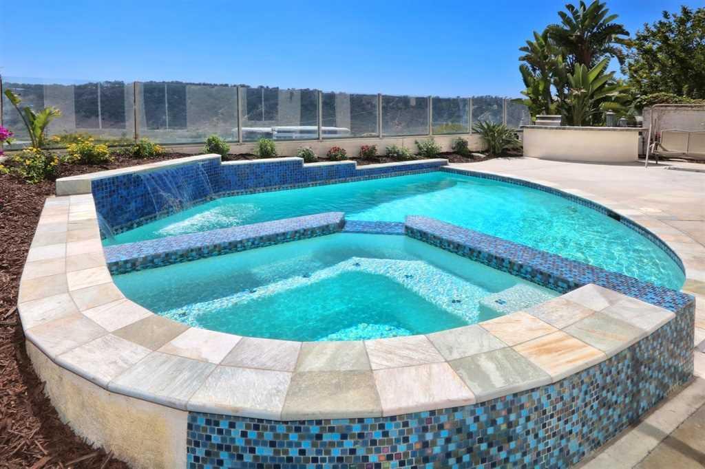 3684 Torrey View Court San Diego, CA 92130 | MLS 190001801 Photo 1