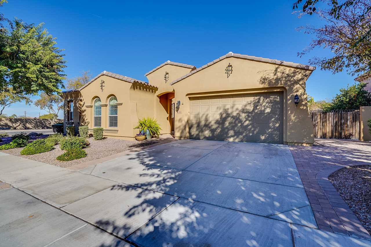 4046 E Thunderheart Court Gilbert, AZ 85297 | MLS 5865172 Photo 1