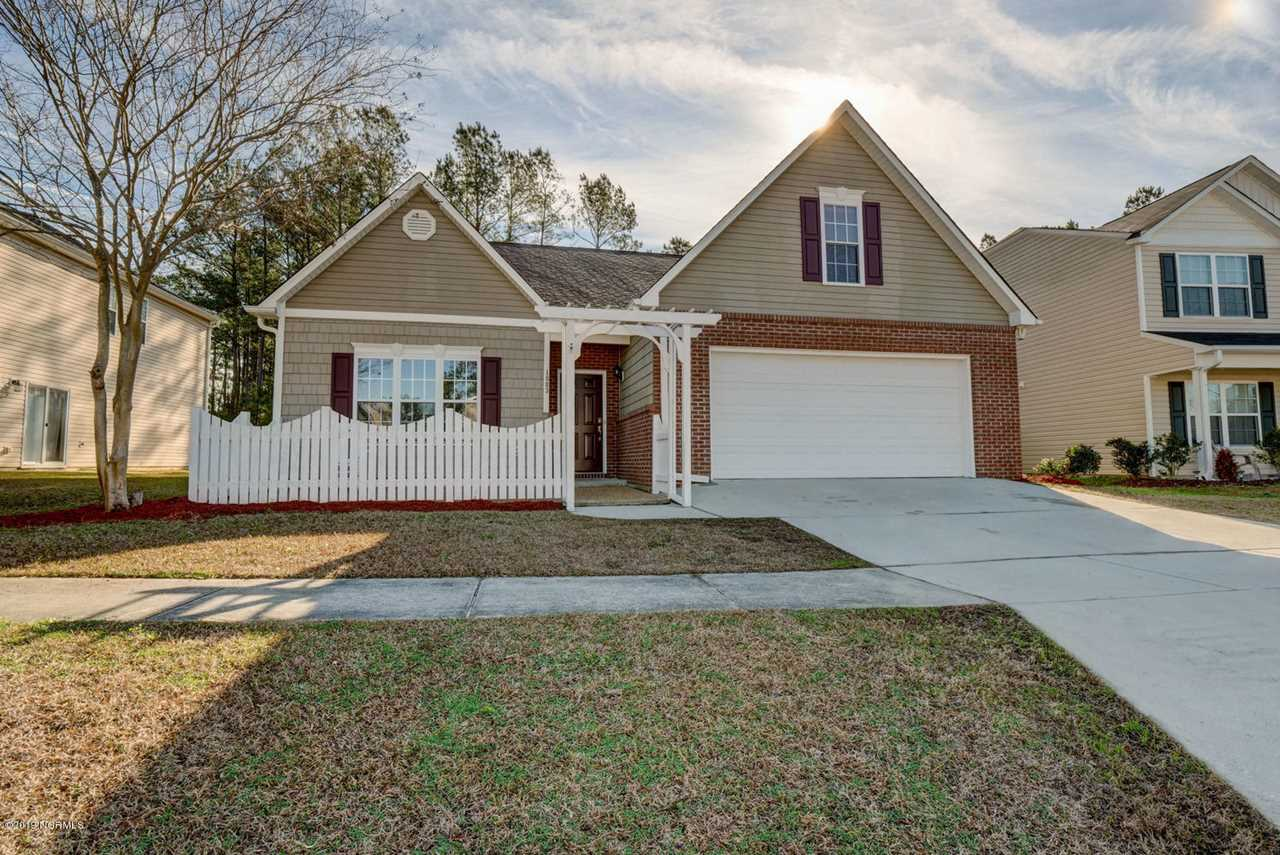 Home For Sale At 1003 Lake Jones Road, Leland NC in Lake Forest Village Photo 1