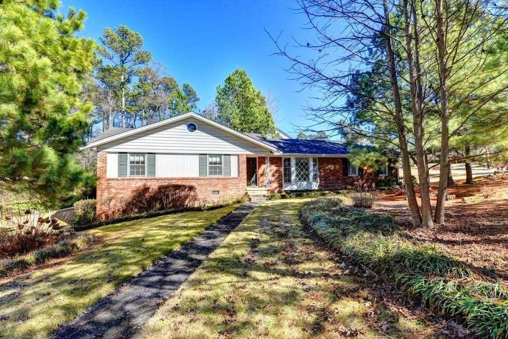 45 Bonnie Ln, Sandy Springs, GA 30328 - Premier Atlanta Real Estate Photo 1