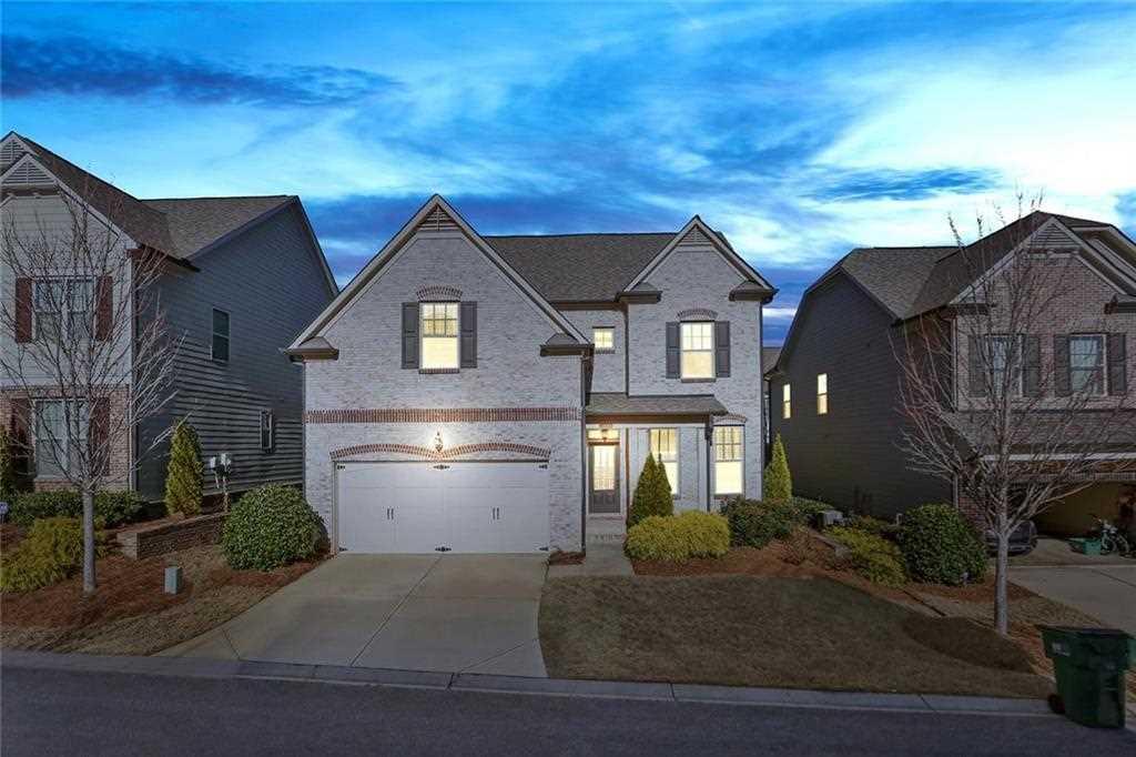 7700 Highland Bluff, Sandy Springs, GA 30328 - Premier Atlanta Real Estate Photo 1