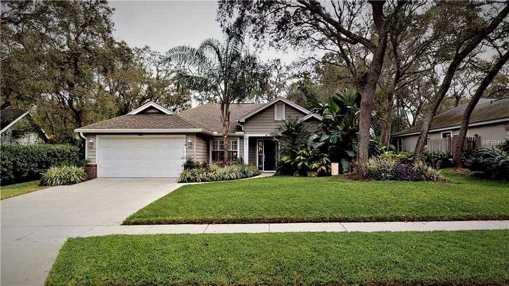 319 Oak Leaf Circle Lake Mary FL by RE/MAX Downtown Photo 1
