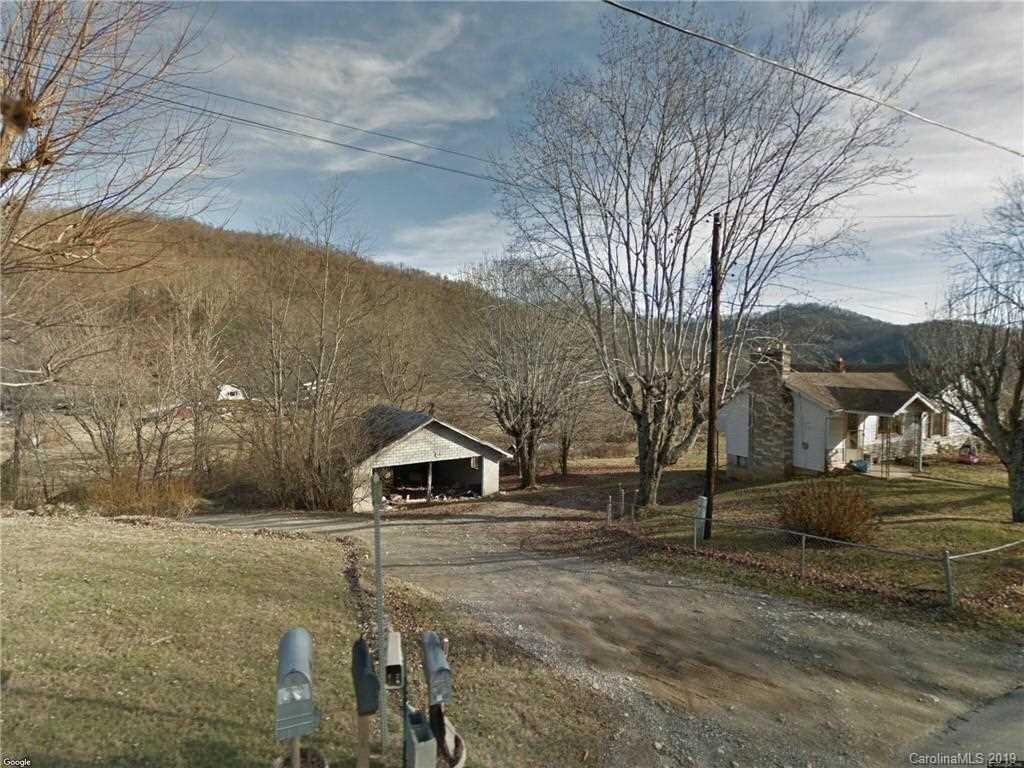 12 Castle Terrace Canton, NC 28716 | MLS 3464356 Photo 1