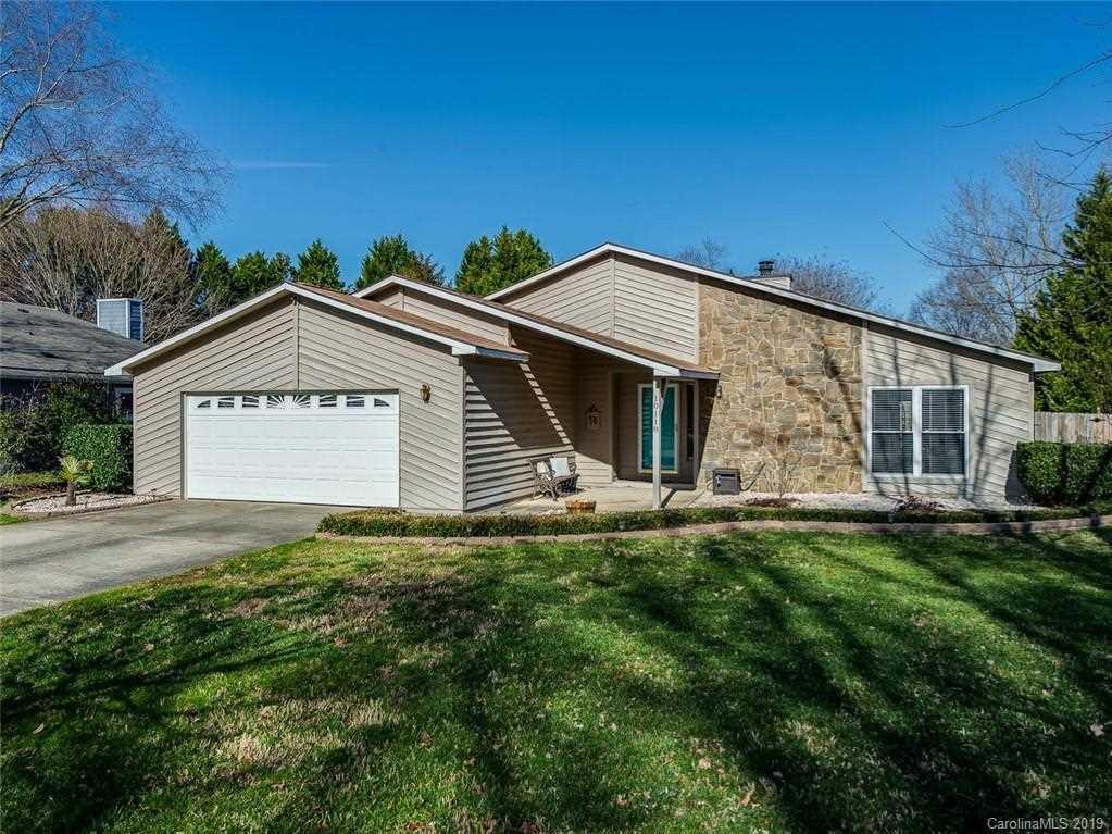 10118 Fairway Ridge Rd Charlotte, NC 28277 | MLS 3464394 Photo 1