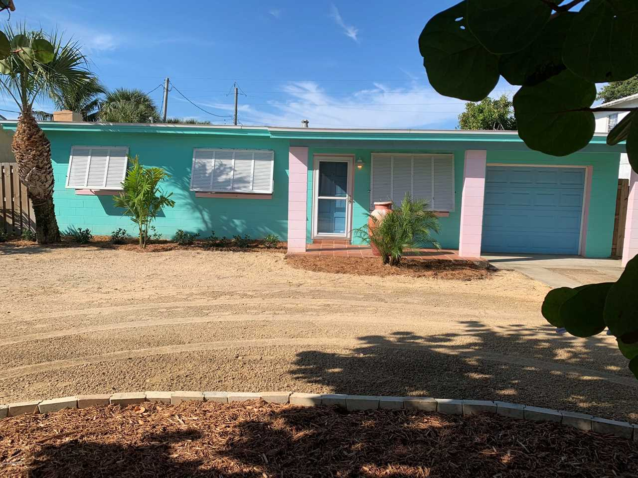 1030 S S Orlando Avenue Cocoa Beach, FL 32931 | MLS 832930 Photo 1