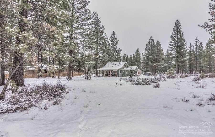 19587 River Woods Drive Bend, OR 97702   MLS 201900209 Photo 1