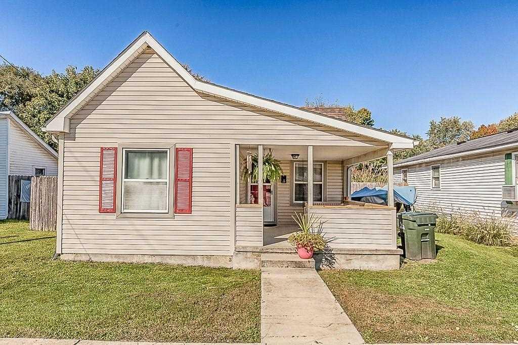 437 E Michigan Street Fortville, IN 46040 | MLS 21614404 Photo 1
