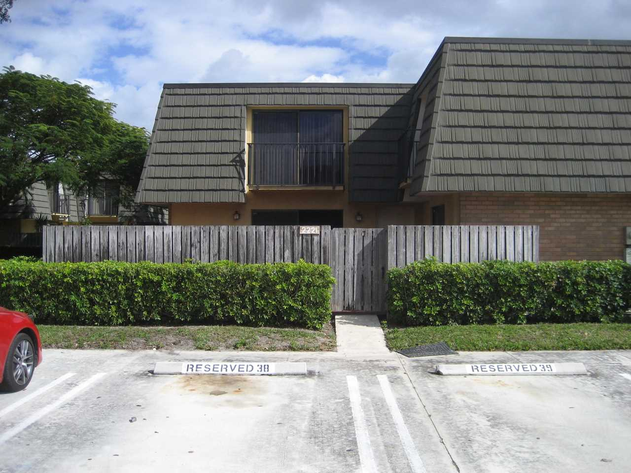 2221 22Nd Way West Palm Beach, FL 33407 | MLS RX-10494817 Photo 1