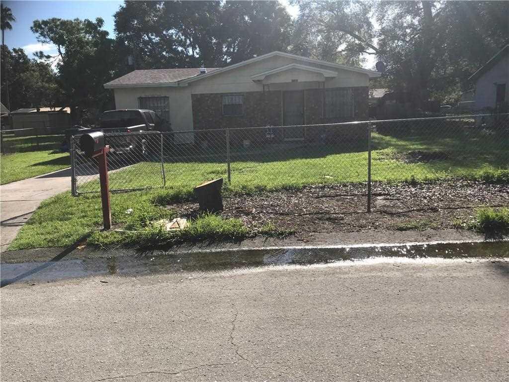 1123 Milner Drive Lakeland, FL 33810 | MLS L4902783 Photo 1