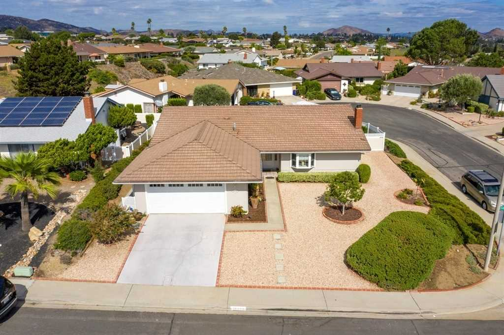 16640 Casero Rd San Diego, CA 92128 | MLS 190002623 Photo 1