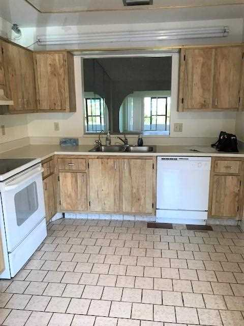 4240 Lucerne Villas Lane Lake Worth, FL 33467 | MLS RX-10494836 Photo 1