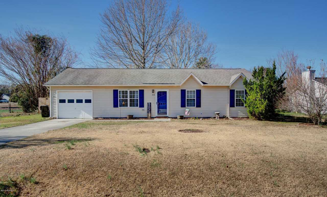 308 Steller Road Jacksonville, NC 28540 | MLS 100145797 Photo 1