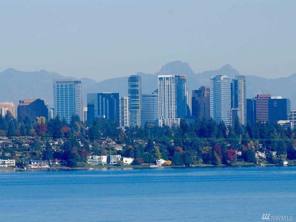 337 Erie Ave Seattle, WA 98122 | MLS ® 1400001 Photo 1
